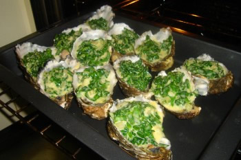 how to open oysters in oven